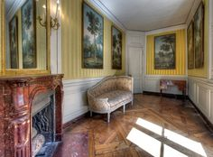 """Private apartments of Marie Antoinette, Yellow Salon, Versailles. Jean-Baptiste Oudry made a series of five paintings """"Les cinq sens"""" (The Five Senses) for Queen Marie Leszczynska ) Romantic Paris, Romantic Homes, Louis Xiv, Versailles Paris, French Royalty, French History, French Architecture, Antique Interior, Marie Antoinette"""