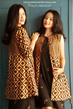 batik amarillis's ildiko long jacket made with batik banyumas-Indonesia www.batikamarillis-shop.com Ildiko is a long jacket/coat inspired by Polish folk costume.