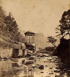Enlargement of stereo view from Lennie  -   St Bernard's Well on the Water of Leith #stbernardswell #thedene #deanvalley #stockbridgeedinburgh #stockbridge #edinburgh #scotland