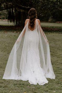 Bridal Cape, Bridal Gowns, Wedding Gowns, Boho Chic, Wedding Dress With Veil, Bride Veil, Marriage Dress, Wedding Jumpsuit, Lilac Wedding