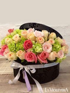 Fun idea for flower arrangement. Make box waterproof with plastic then add wet floral foam and flowers My Flower, Fresh Flowers, Flower Art, Beautiful Flowers, Romantic Flowers, Ikebana, Deco Floral, Floral Design, Floral Foam