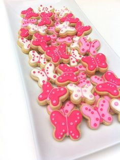 Beautiful Butterflies Design 2 Cookies dozen by SunshineBakes Butterfly Birthday Party, Butterfly Baby Shower, 2nd Birthday Parties, Easter Cookies, Sugar Cookies, Pink Cookies, Butterfly Cookies, Royal Icing Decorations, Cookie Designs