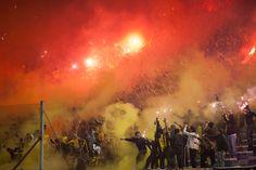 Algunos de los Recibimientos de la hinchada de Peñarol…