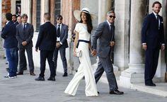 Ja, schon klar, pompöser war die Hochzeitsrobe von Designer Oscar de la Renta....