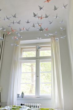 DIY | Renters-Friendly Origami Ceiling Decoration