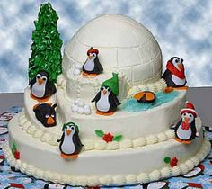 penguin cake By charleezgal on CakeCentral.com