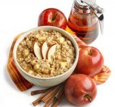 Desayuno saludable de avena con manzana y miel para tener energía toda la mañana #umayor #estudiantes #saludables