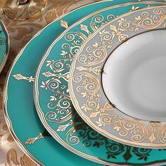 Kütahya Porselen İris 97 Parça 7770 Desen Yemek Takımı