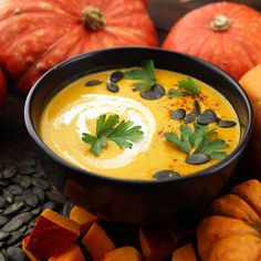 Las mejores recetas de crema de calabaza Fine Dining, Thai Red Curry, Celebrity News, New Recipes, Baking, Ethnic Recipes, Desserts, Food, Best Recipes