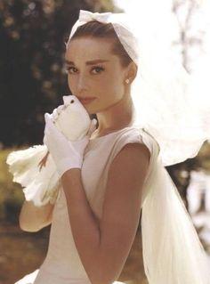 Fashion Is My Drug: Style Icon: Audrey Hepburn wedding dressses, fashion, audrey hepburn, style icons, audreyhepburn, glove, funny faces, veil, bride
