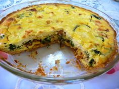 SPLENDID LOW-CARBING BY JENNIFER ELOFF: SPINACH BACON QUICHE ~ This quiche is so good, it didn't last more than 24 hours in our house. Visit us for more wonderful recipes at: https://www.facebook.com/LowCarbingAmongFriends