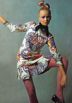 Photo by Guy Bourdin, 1969.