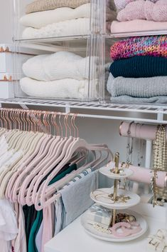 Office Tour + Closet Organization I recently had a whole closet makeover - design, decluttered, and organized. I'm sharing all the details plus a peek at my office in this post! Master Closet, Closet Bedroom, Bedroom Decor, Closet Office, Ikea Pax Closet, Glam Closet, Bedroom Beach, Closet Tour, Bedroom Inspo