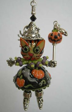 Halloween Kitty charm made by Penny Michelle Jewelry Designs: Halloween Jewelry Collection + a LOT more cute charms through the link!