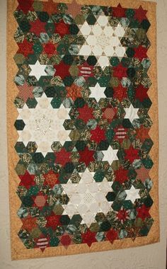 Christmas Snowflake Hexie diamonds hanging quilt - Christmas 2014 Decor