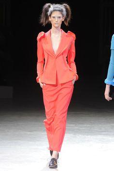 Yohji Yamamoto RTW Spring 2014 - Slideshow - Runway, Fashion Week, Reviews and Slideshows - WWD.com