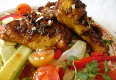 Csipetnyi thai ízek és illatok a konyhánkban... pillanatok alatt…ezt ki kell próbálnod, a siker tuti biztos…:) Recept itt a blogomon: http://klarisszafalatozoja.cafeblog.hu/2014/04/12/thai-izek-vilaga/