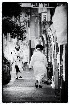 Yom Kippur in white robes