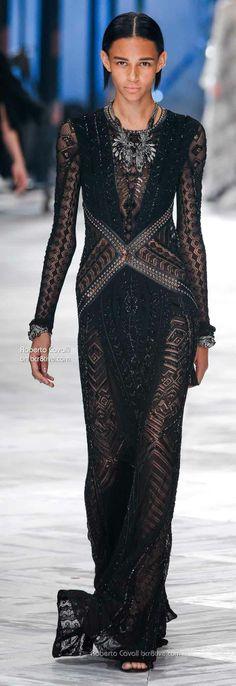 Roberto Cavalli #fashion #black #runway