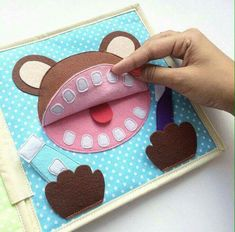 New sewing projects for baby boy quiet books 30 Ideas – Sewing Projects Diy Quiet Books, Baby Quiet Book, Felt Quiet Books, Quiet Book Templates, Quiet Book Patterns, Diy Bebe, Book Quilt, Busy Book, Felt Crafts