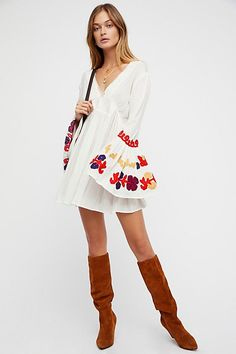 35a8b2d55e8 Slide View 4  So In Love Embroidered Tunic Beach Sweater