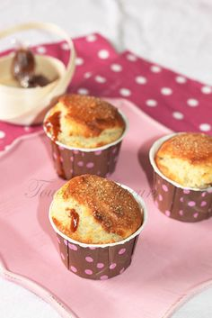 Muffins coeur caramel beurre salé1 Muffins, Biscuits, Cupcakes, Pudding, Breakfast, Mary, Food, Recipes, Pastry Recipe
