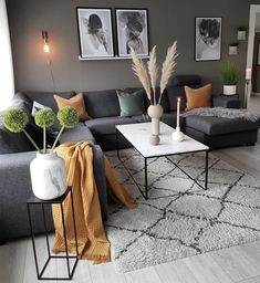 The pops of colour totally change this living space by - Favorit Einrichtung - Home Decor Home Living Room, Apartment Living, Living Room Designs, Living Room Decor, Living Spaces, Small Living, Living Room Ideas With Grey Sofa, Apartment Ideas, Cozy Living