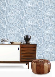 Image of Paisley Crescent Wallpaper - Chalkhill Blue
