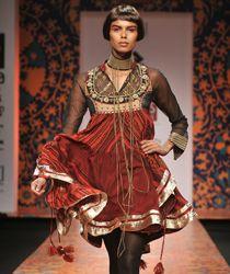 Asymetric Kurta with Leggings: A Ritu Kumar desgin
