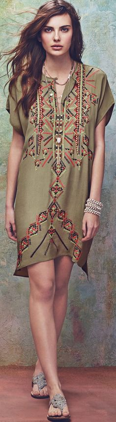 tribal embellishments - read article - http://www.boomerinas.com/2015/03/30/southwestern-style-for-spring-summer-in-bend-oregon-fashion-for-mountain-mama-cowgirls/