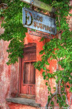 17th Century Portuguese architecture, historic streets Colonia del Sacramento, Uruguay ~ UNESCO World Heritage epoca de la invasion portuguesa. fachada original.calle de los suspiros,actualmente galerias de arte