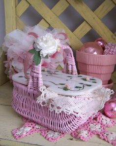 VINTAGE PINK WICKER ROSES BASKET PURSE WITH by saturdayfinds
