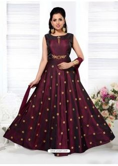 Stitched Taffeta Embroidery Anarkali Suit In Wine Colour Frocks For Girls, Gowns For Girls, Dresses Kids Girl, Kids Frocks, Wedding Salwar Suits, Anarkali Suits, Gown Dress Online, Lehenga Gown, Baby Lehenga