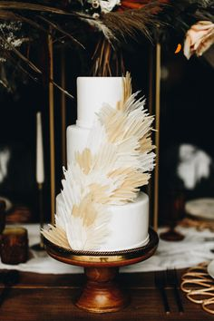 Get Inspired by the Folksy Fall Palette and Dried Palms in This Wedding Inspo at The Mulberry NSB Boho Wedding, Fall Wedding, Rustic Wedding, Creative Wedding Cakes, Engagement Cakes, Wedding Cake Inspiration, Pretty Cakes, Cake Art, Destination Wedding Photographer