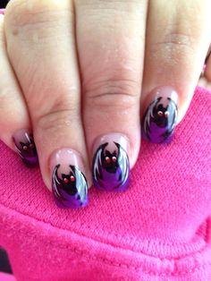 Halloween nails (bats)