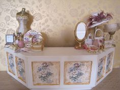 12th Scale (Dollshouse)  French Shabby Chic Shop Counter