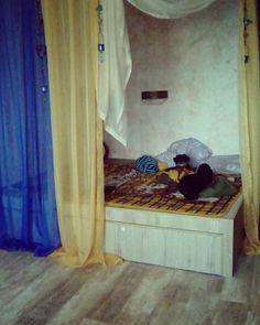 Кровать подиум под турецкий стиль