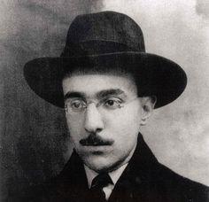L'écrivain Fernando Pessoa vers 1914 Emil Nolde, France Culture, Book Writer, Green Landscape, Mists, Face, Books, Libraries, Writers