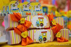 Meu Dia D Mãe - Maternagem Recife - Tema Brincadeira de Menino - Decoração Comemore Design de Eventos (21) 1st Birthdays, Party Planning, Birthday Parties, Birthday Ideas, Gift Wrapping, Baby Shower, Toys, Design, Ariel