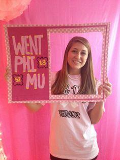 Loved the Phi Mu frame for bid day!