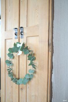 Eukalyptus-Kranz aus Kleiderbügel DIY