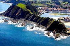 Acantilados de Ribadesella (Asturias)