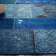 Cadiz Wool Rug - Ink from West Elm. Saved to Rugs. Shop more products from West Elm on Wanelo. Patchwork Patterns, Patchwork Rugs, Blue Patterns, West Elm Rug, Photo Bleu, Himmelblau, Modern Area Rugs, Contemporary Rugs, Delft