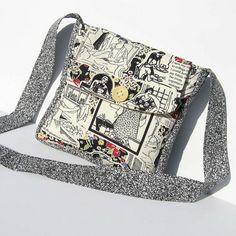 Mini Messenger Bag www.happysolez.et...