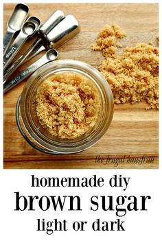 Mix up your own Homemade Light or Dark Brown Sugar in minutes. It's fast, easy and a great way to sub if you need brown sugar in a pinch. Cheaper, too! Make a little or a lot, 2 ingredients. Brown Sugar Homemade, Make Brown Sugar, How To Make Brown, How To Make Light, Good Food, Yummy Food, Yummy Recipes, Delicious Desserts, Baking Basics