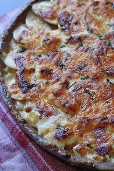 Onion and Chive Au Gratin Potatoes recipe via @MelanieMiddle #holidayveggies #giveaway
