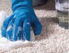 Egy szinte teljesen ingyenes módszer, amivel bármilyen foltot eltüntethetsz a szőnyegből! - Ketkes.com Cleaning, Diy, Home Decor, Homemade Cleaning Products, Carpet, Tips, Decoration Home, Bricolage, Room Decor