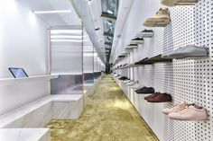 Sotf offers a futuristic sneaker shopping experience Shop Front Design, Store Design, Clothing Store Interior, Storefront Signs, Store Interiors, Sneaker Stores, Living At Home, Commercial Interiors, Retail Design