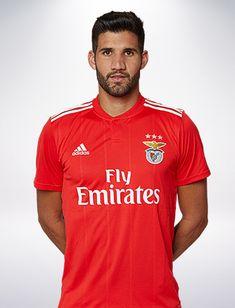 Plantel Principal de Futebol - SL Benfica Football Love, Audi, Polo Shirt, Polo Ralph Lauren, Sports, Mens Tops, Fashion, Soccer Players, Club