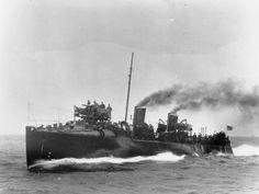 BRITISH SHIPS FIRST WORLD WAR (Q 21241)   H. M. S. FAME, 1909.